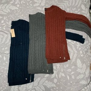 American Eagle AE Lot of 3 Sweaters